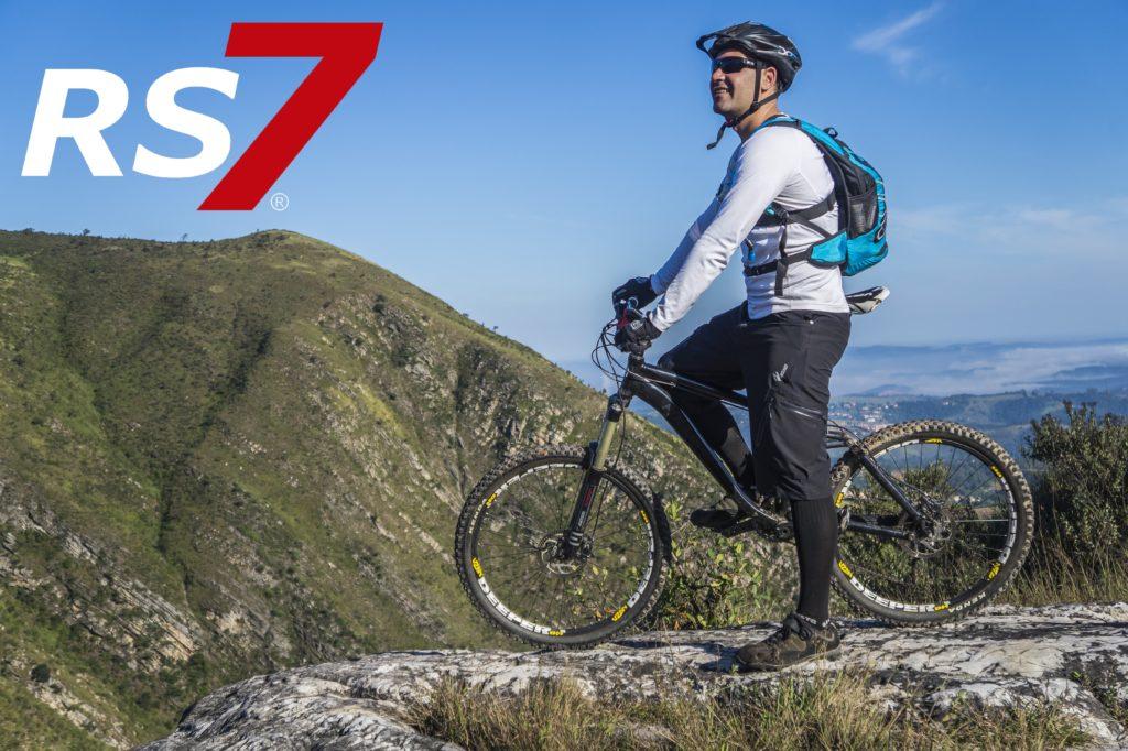 bicicleta de montaña articulaciones